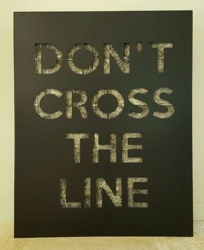 Don't cross the line - black mat